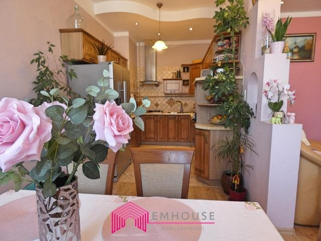 Mieszkanie trzypokojowe na sprzedaż Białogard  96m2 Foto 2