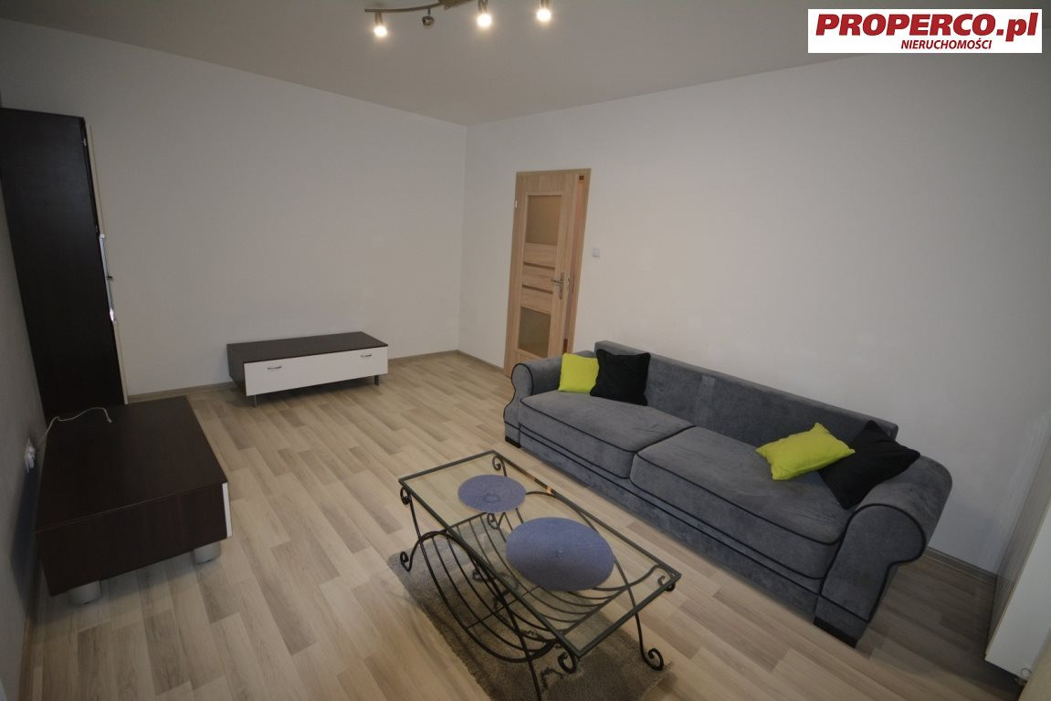 Mieszkanie dwupokojowe na wynajem Kielce, Centrum, Starodomaszowska  48m2 Foto 1