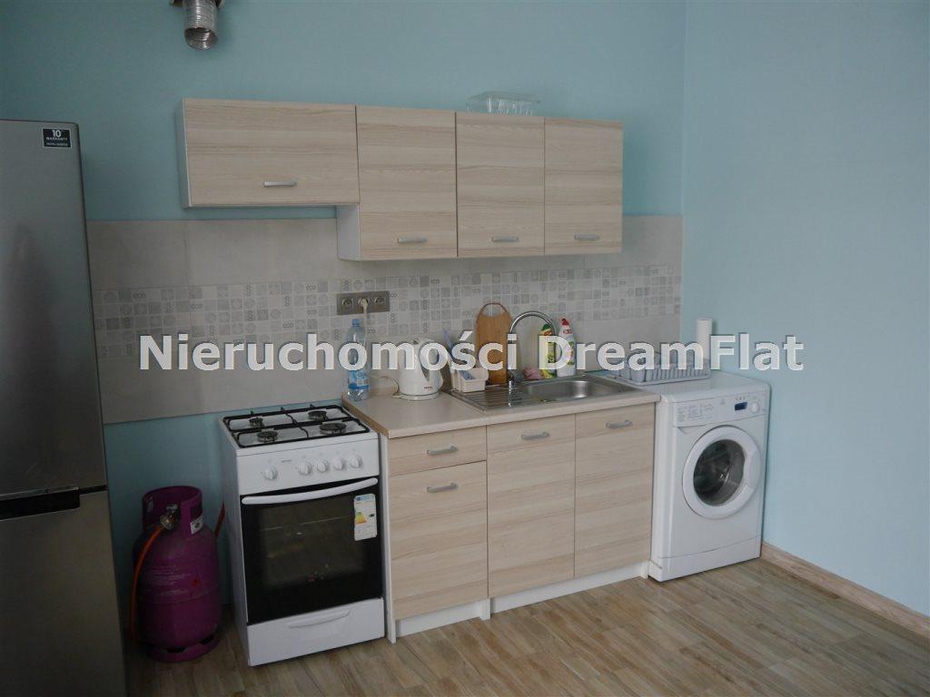 Mieszkanie dwupokojowe na sprzedaż Skarżysko-Kamienna  60m2 Foto 1