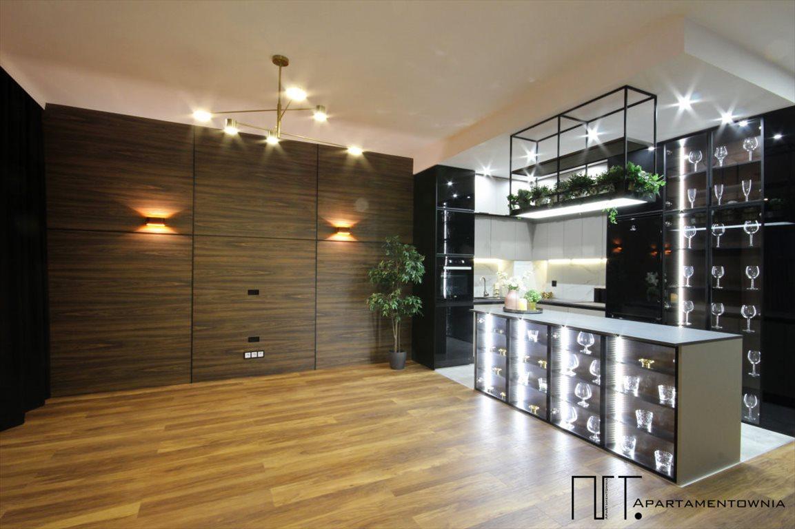 Mieszkanie trzypokojowe na sprzedaż Tarnowo Podgórne, Mediolańska  75m2 Foto 3