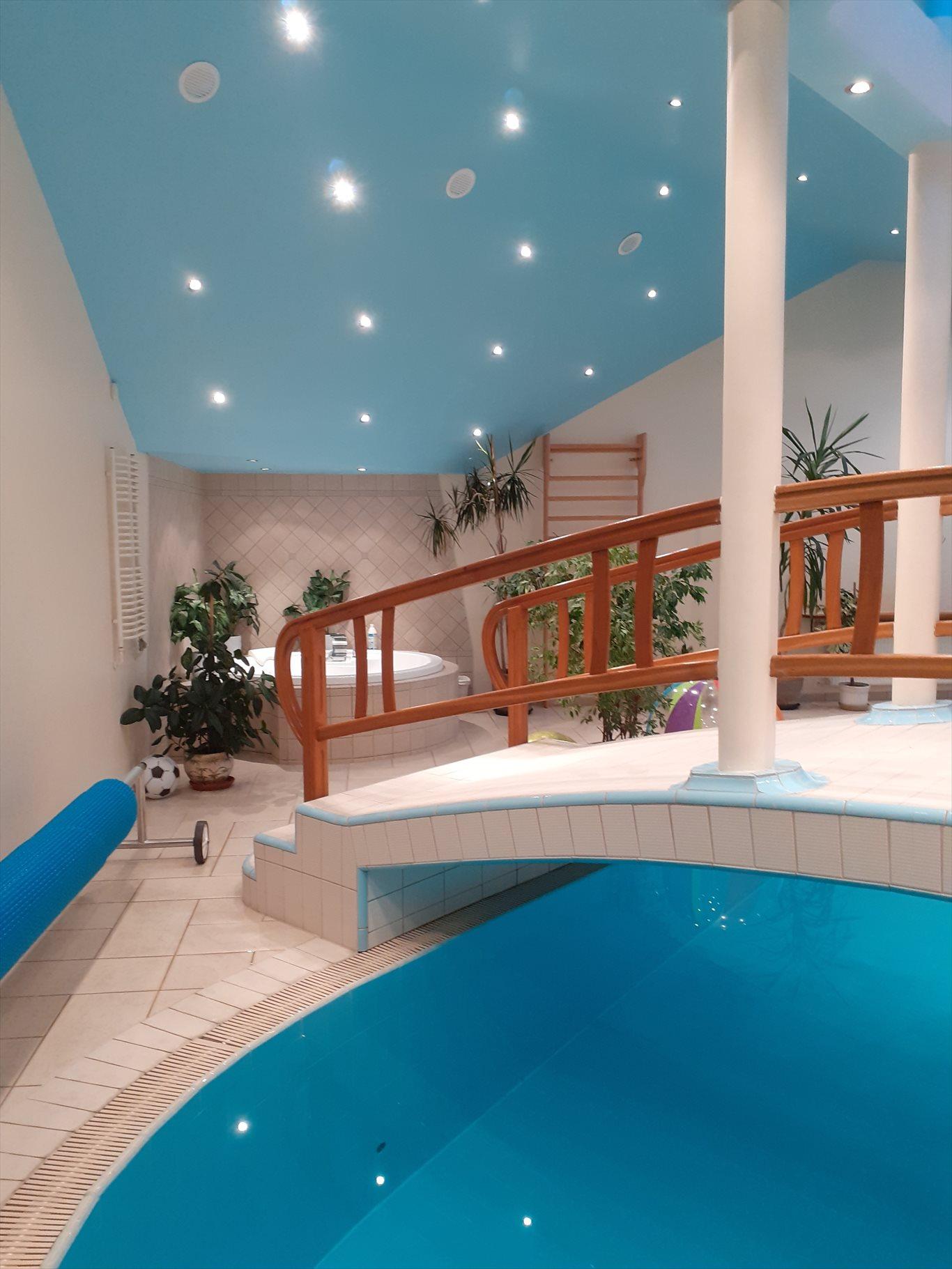 Dom na sprzedaż Tarnowskie Góry, Tarnowskie Góry  400m2 Foto 1