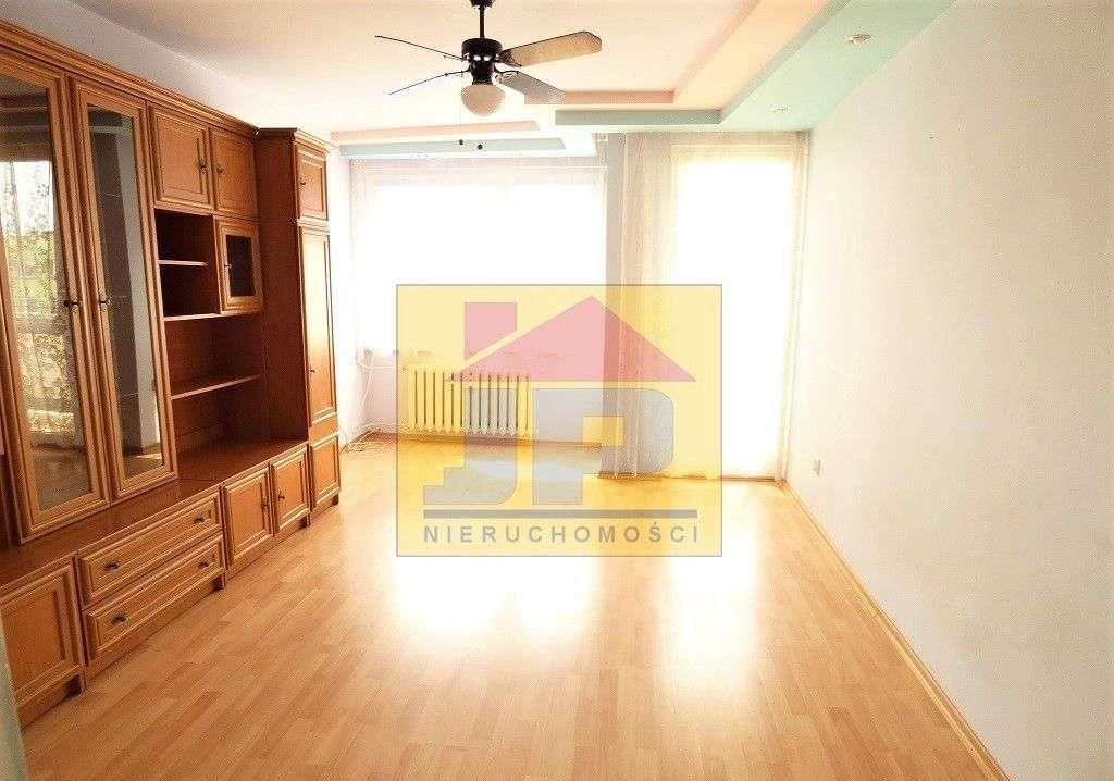 Mieszkanie trzypokojowe na sprzedaż Kluczbork  58m2 Foto 1