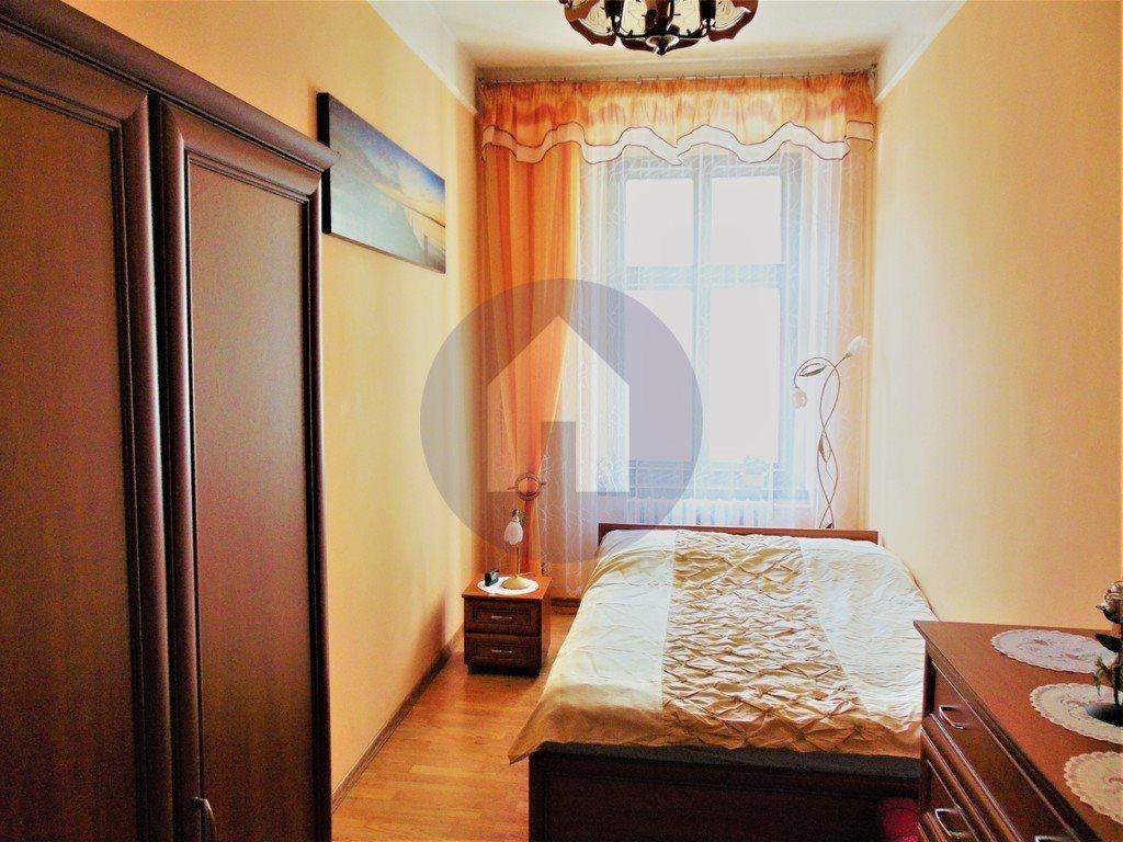 Mieszkanie czteropokojowe  na sprzedaż Świdnica  100m2 Foto 1