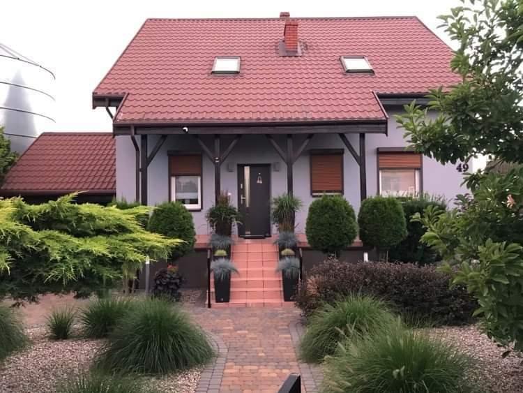 Dom na sprzedaż Luciny  200m2 Foto 1