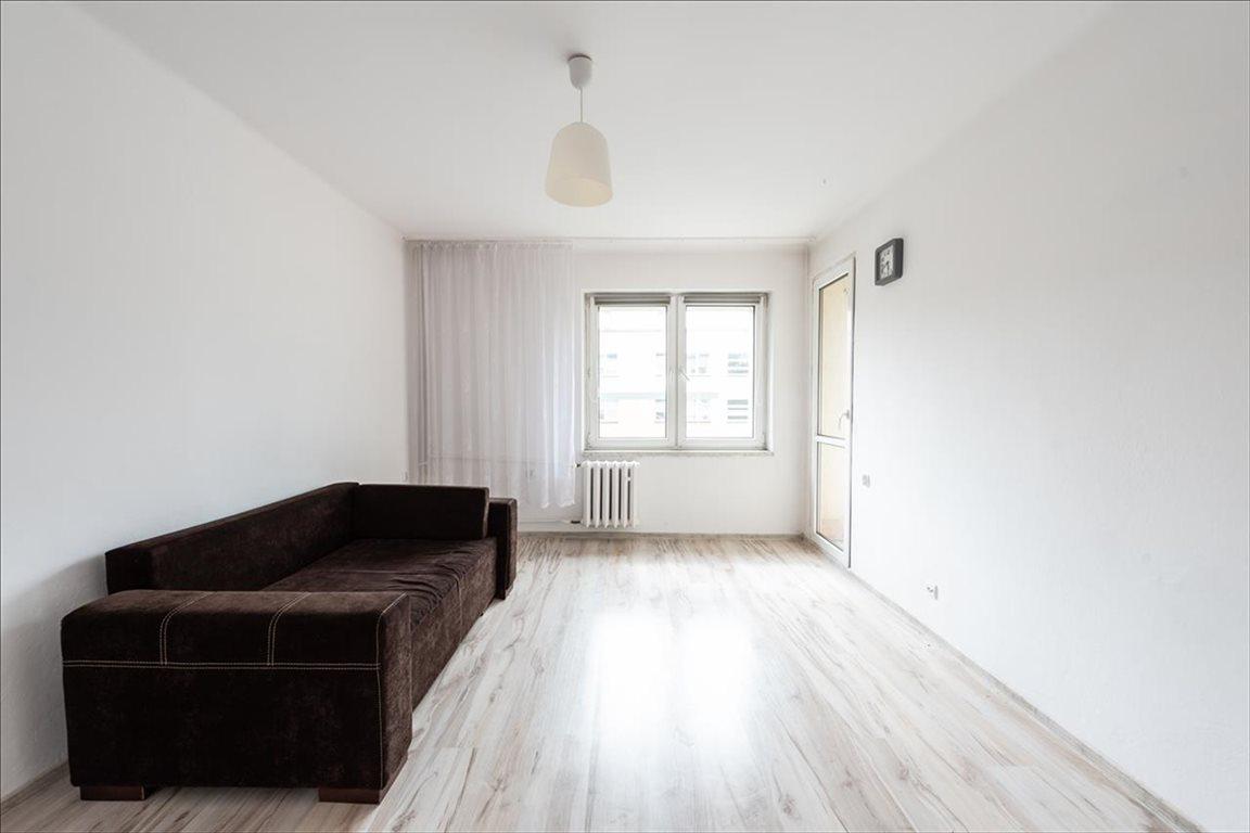 Mieszkanie trzypokojowe na sprzedaż Bielsko-Biała, Bielsko-Biała  47m2 Foto 2