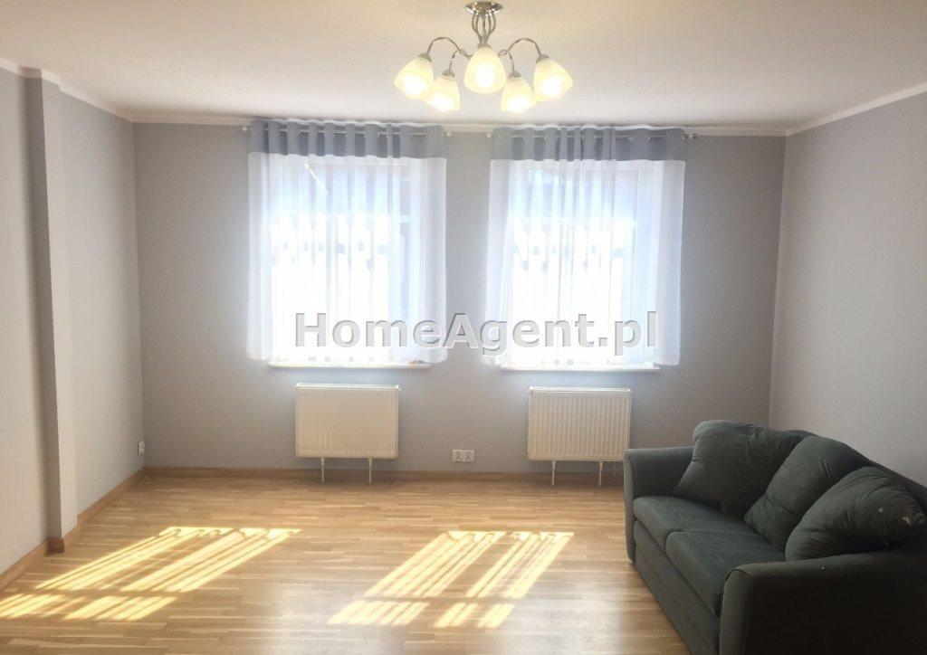 Mieszkanie trzypokojowe na wynajem Gliwcie, Centrum  100m2 Foto 5