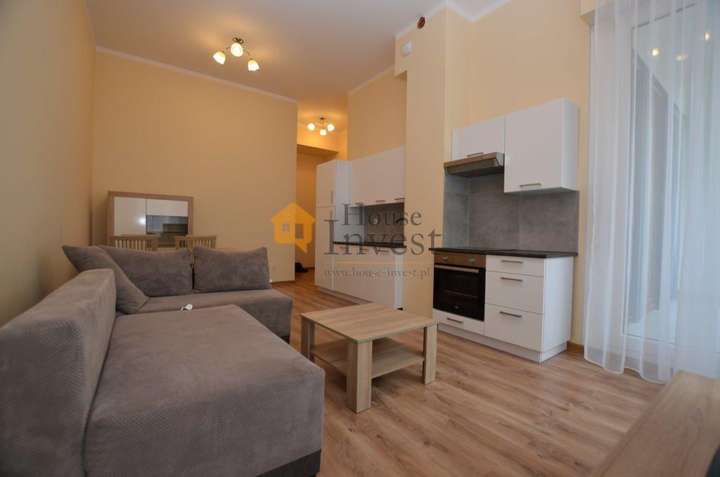 Mieszkanie dwupokojowe na wynajem Legnica, Złotego Florena  45m2 Foto 3