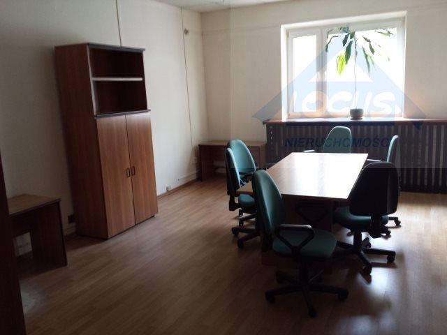 Lokal użytkowy na sprzedaż Warszawa, Wawer  2100m2 Foto 1