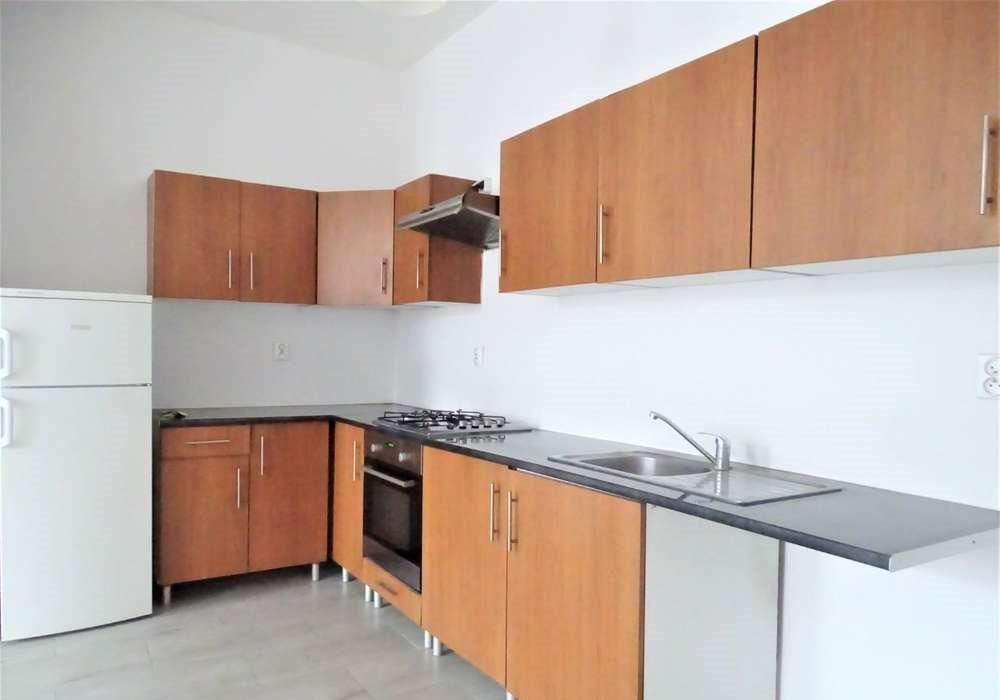Mieszkanie trzypokojowe na sprzedaż Bytom, centrun, Katowicka  65m2 Foto 4