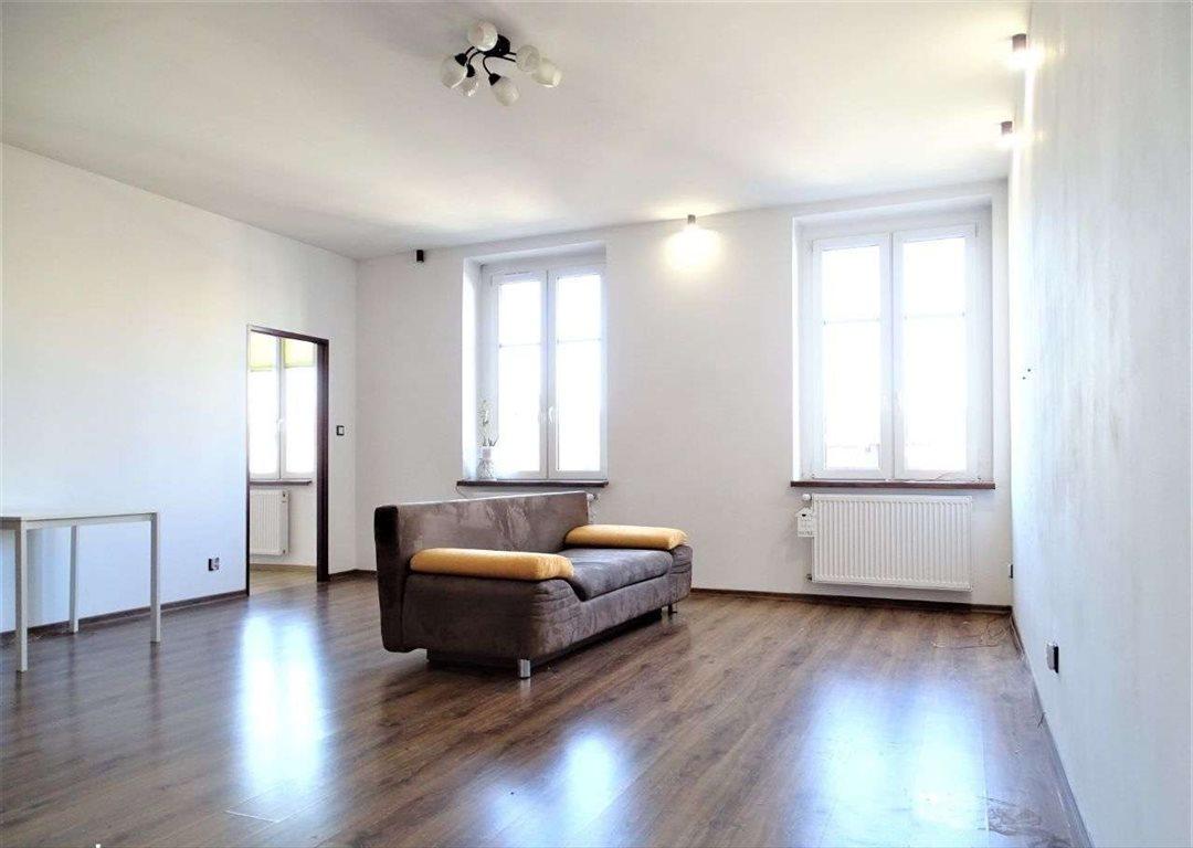 Mieszkanie trzypokojowe na sprzedaż Bytom, ul. krakowska  73m2 Foto 1