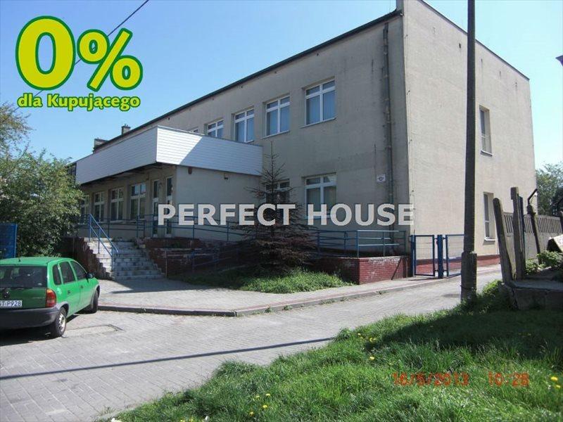 Lokal użytkowy na sprzedaż Strzelce Opolskie  1652m2 Foto 1