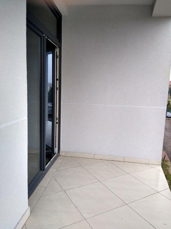 Mieszkanie trzypokojowe na sprzedaż Kielce, Barwinek  73m2 Foto 5