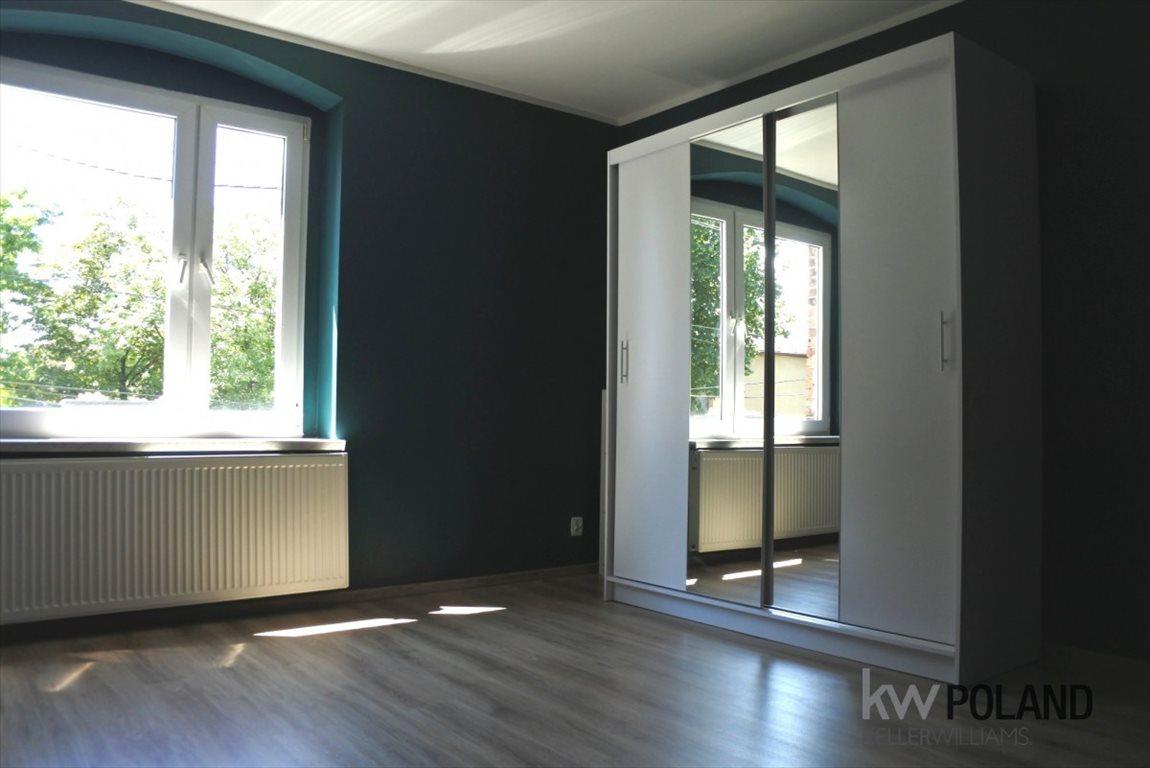 Dom na wynajem Katowice  152m2 Foto 1