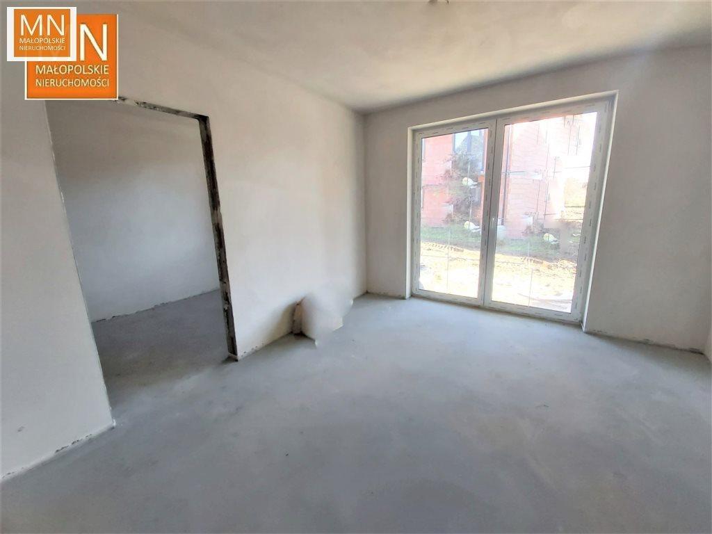 Mieszkanie trzypokojowe na sprzedaż Niepołomice  52m2 Foto 3