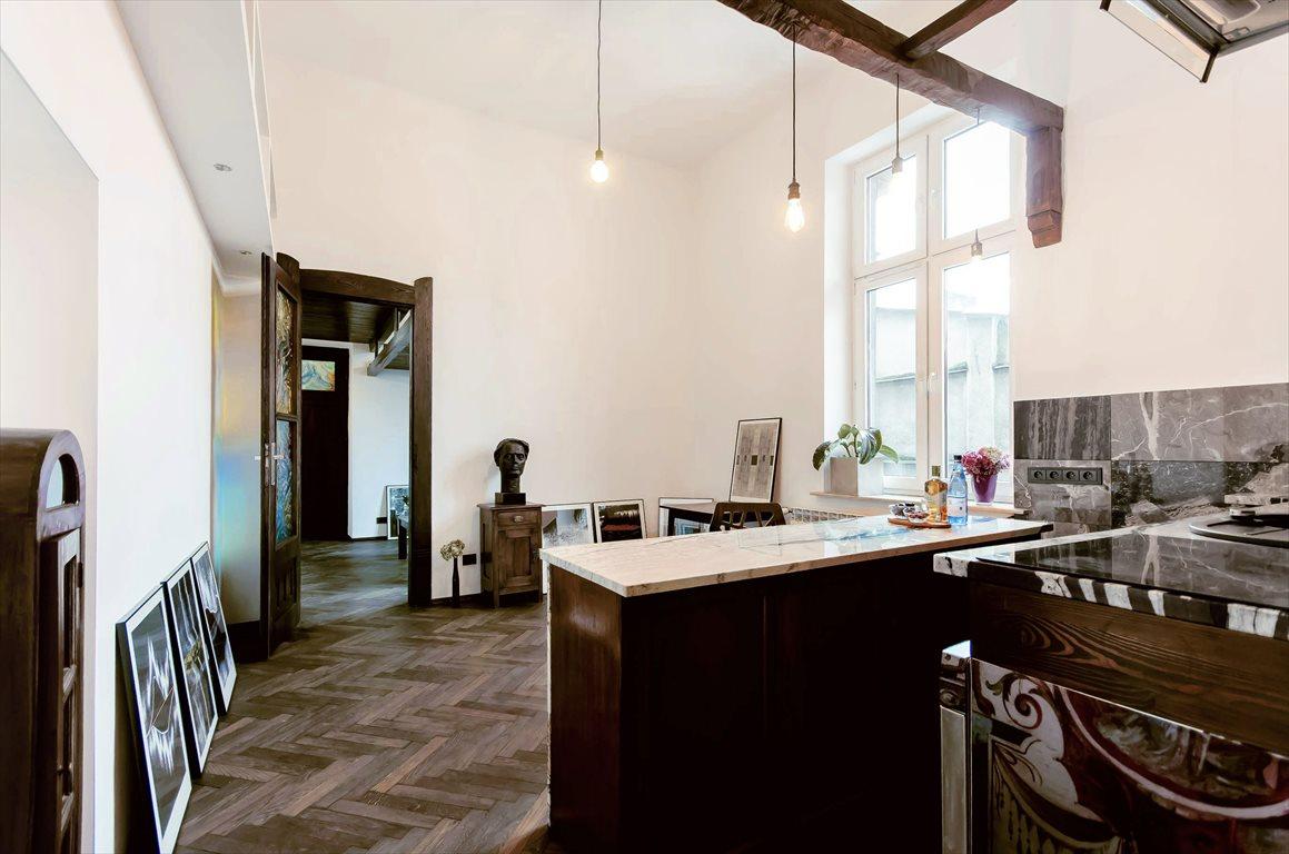 Mieszkanie trzypokojowe na sprzedaż Kraków, Stare Miasto, Świętego Sebastiana 10  45m2 Foto 1