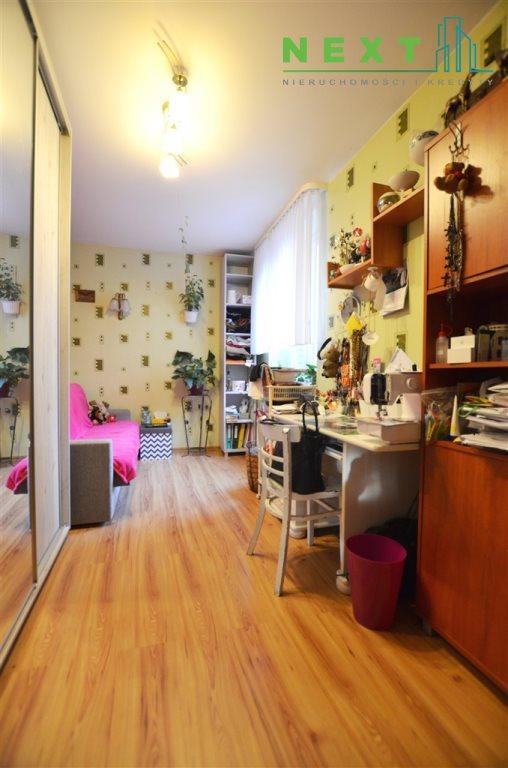 Mieszkanie trzypokojowe na sprzedaż Zabrze, Centrum  65m2 Foto 1