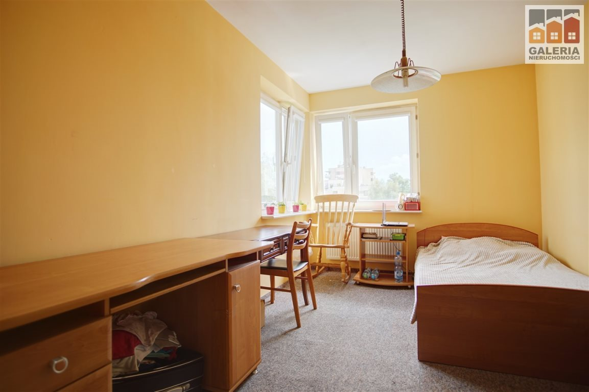 Mieszkanie czteropokojowe  na sprzedaż Rzeszów, Pobitno, Eugeniusza Nazimka  93m2 Foto 8