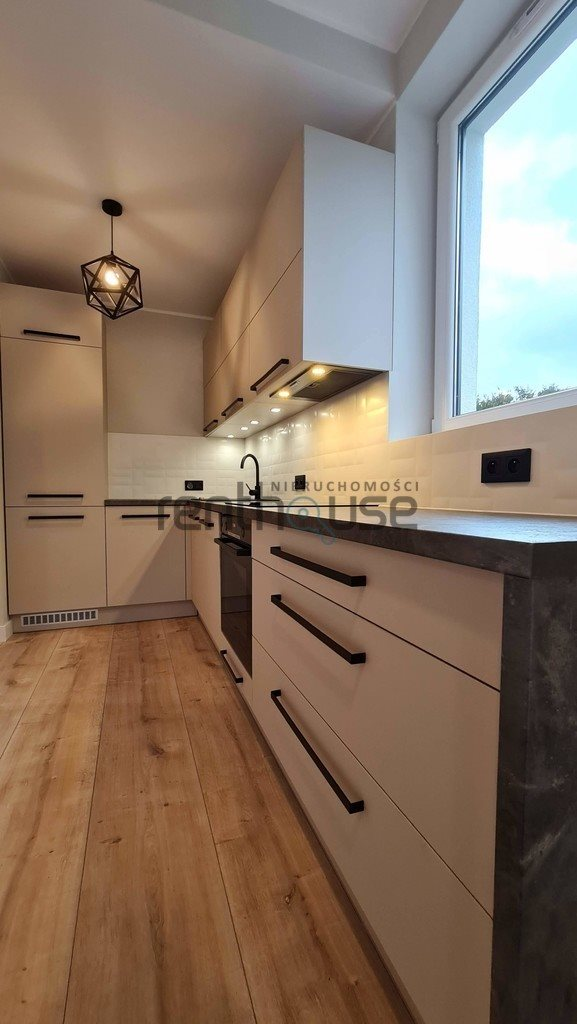 Mieszkanie trzypokojowe na sprzedaż Bielsko-Biała  57m2 Foto 7