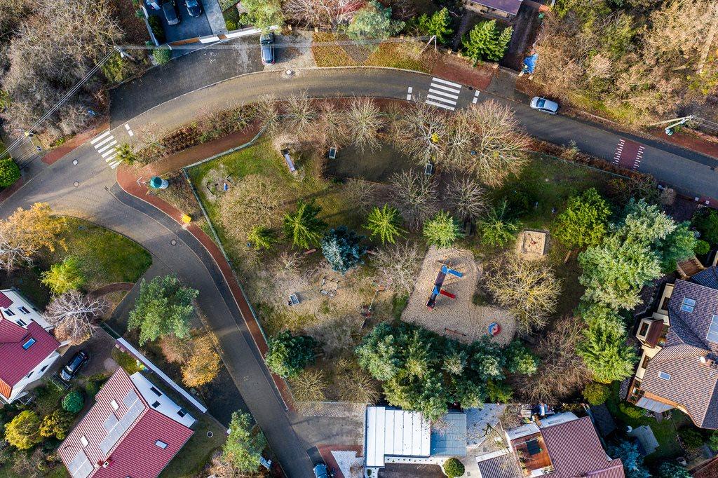Działka budowlana na sprzedaż Chyby, Ogrodowa  806m2 Foto 4