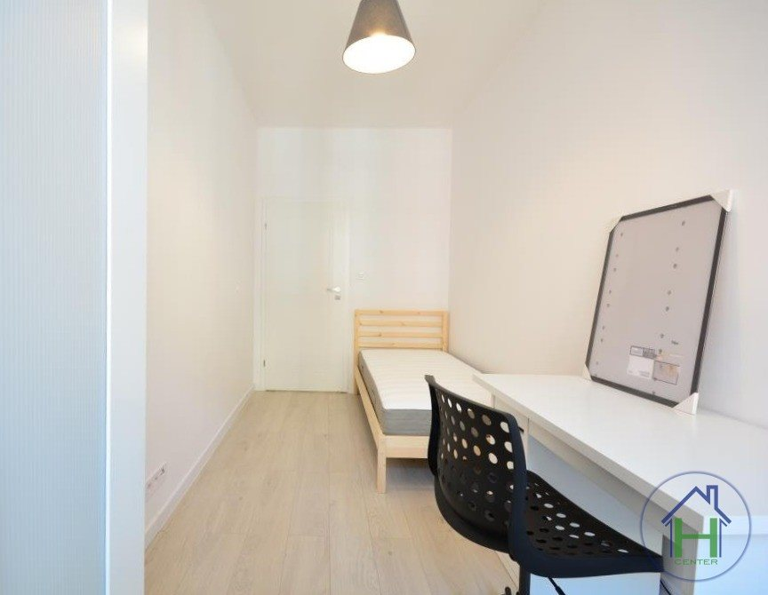 Mieszkanie czteropokojowe  na wynajem Katowice, Śródmieście, Henryka Sienkiewicza  72m2 Foto 2