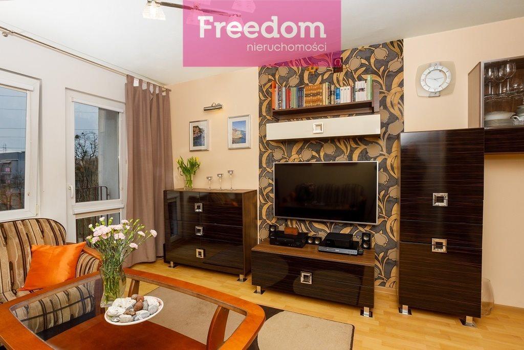 Mieszkanie dwupokojowe na sprzedaż Bytom  53m2 Foto 1