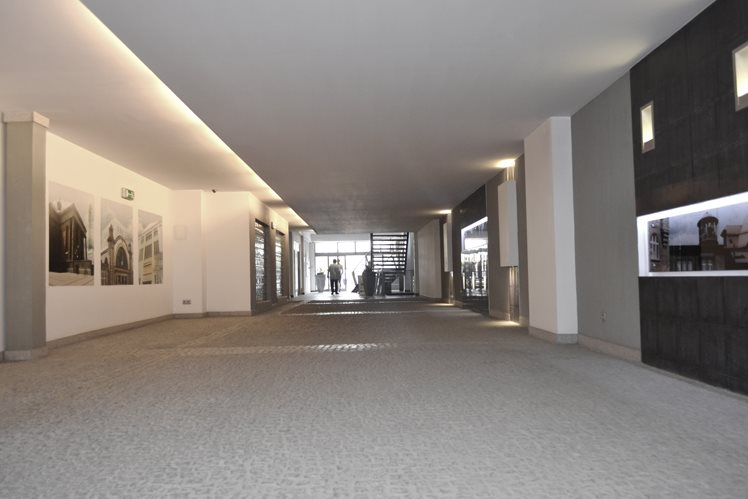 Lokal użytkowy na wynajem Katowice, centrum  202m2 Foto 1