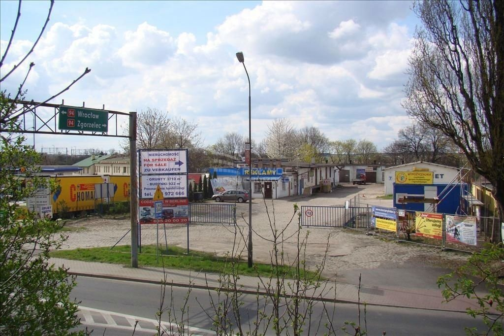 Lokal użytkowy na sprzedaż Bolesławiec  3710m2 Foto 1