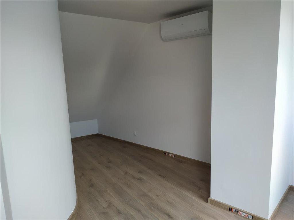 Mieszkanie czteropokojowe  na sprzedaż Trzebnica, Trzebnica  75m2 Foto 8