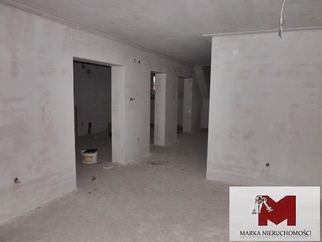 Lokal użytkowy na sprzedaż Kędzierzyn-Koźle, Curie-Skłodowskiej  242m2 Foto 2