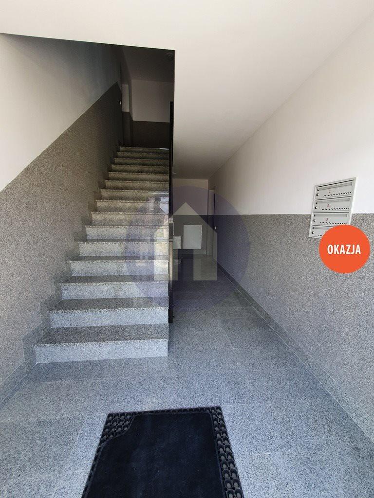Mieszkanie dwupokojowe na sprzedaż Sobótka  65m2 Foto 2