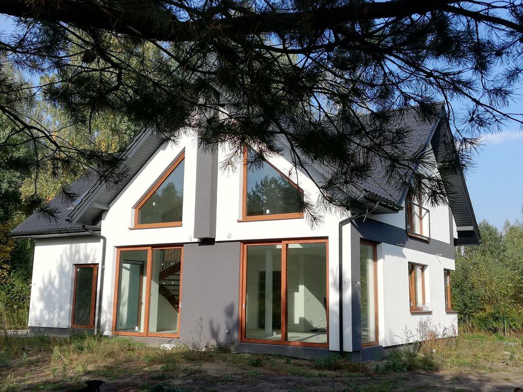 Dom na sprzedaż Łoś  255m2 Foto 1