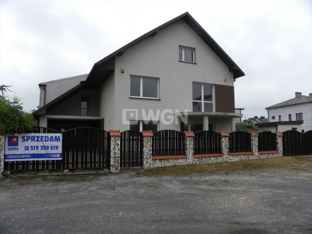 Dom na sprzedaż Ogrodzieniec, Ogrodowa  300m2 Foto 1