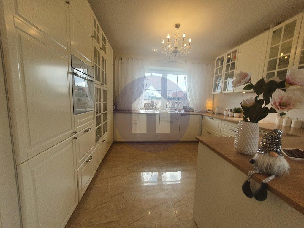 Dom na sprzedaż Żarów  230m2 Foto 4