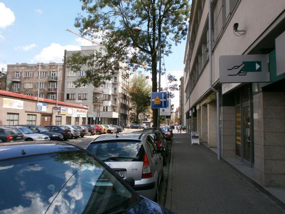 Lokal użytkowy na wynajem Katowice, Śródmieście, Opolska  111m2 Foto 1