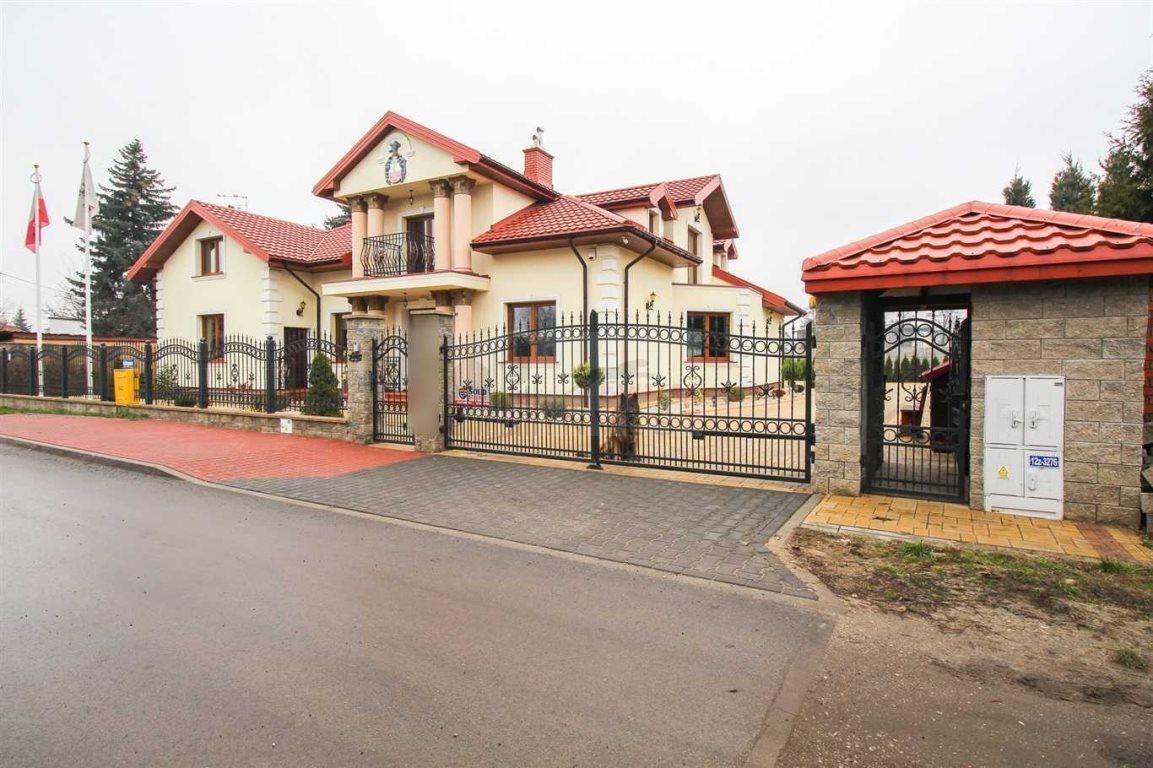 Dom na sprzedaż Ząbki  546m2 Foto 1