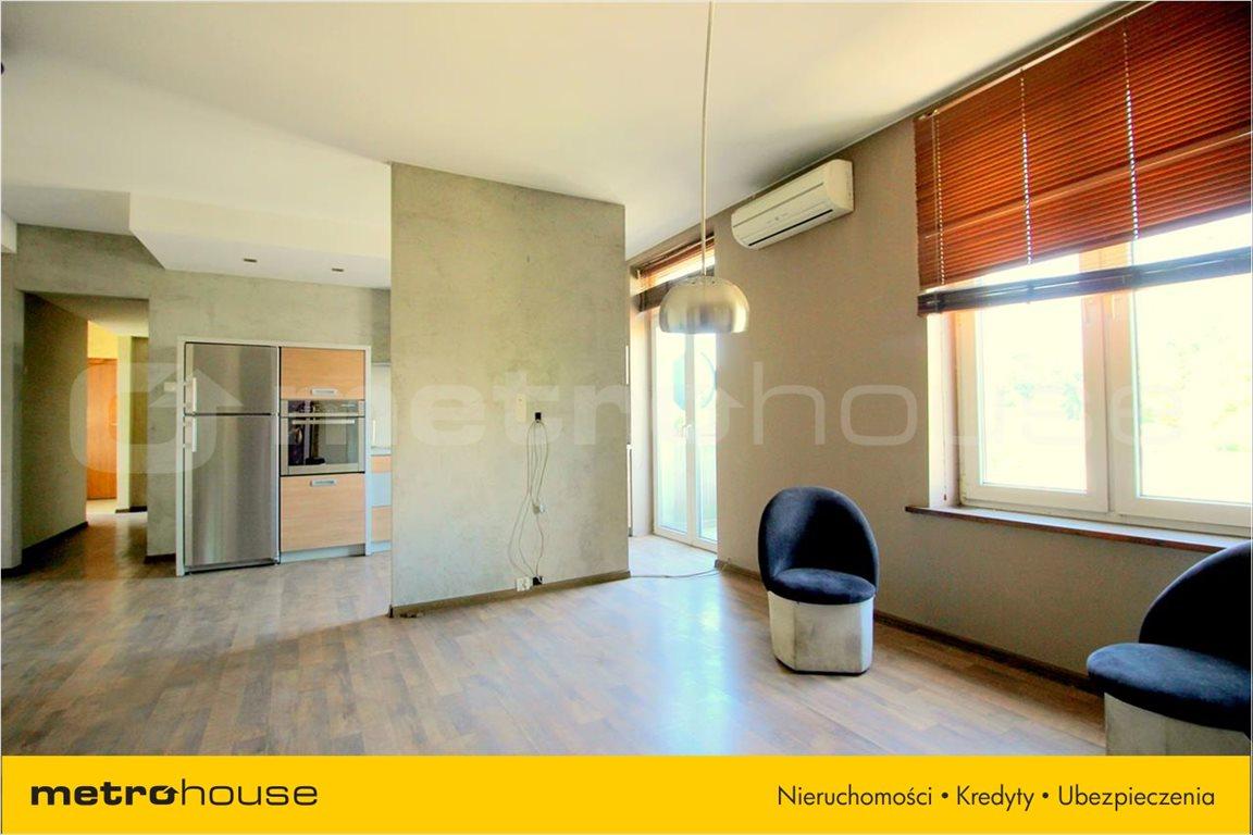 Mieszkanie trzypokojowe na sprzedaż Pabianice, Centrum, Konopnickiej  69m2 Foto 3