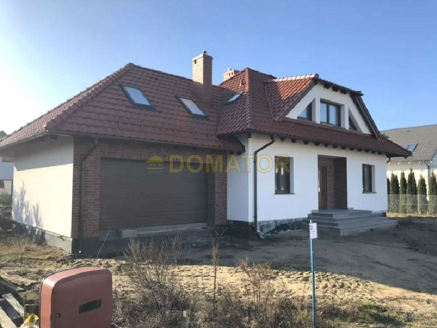 Dom na sprzedaż Niemcz  220m2 Foto 2