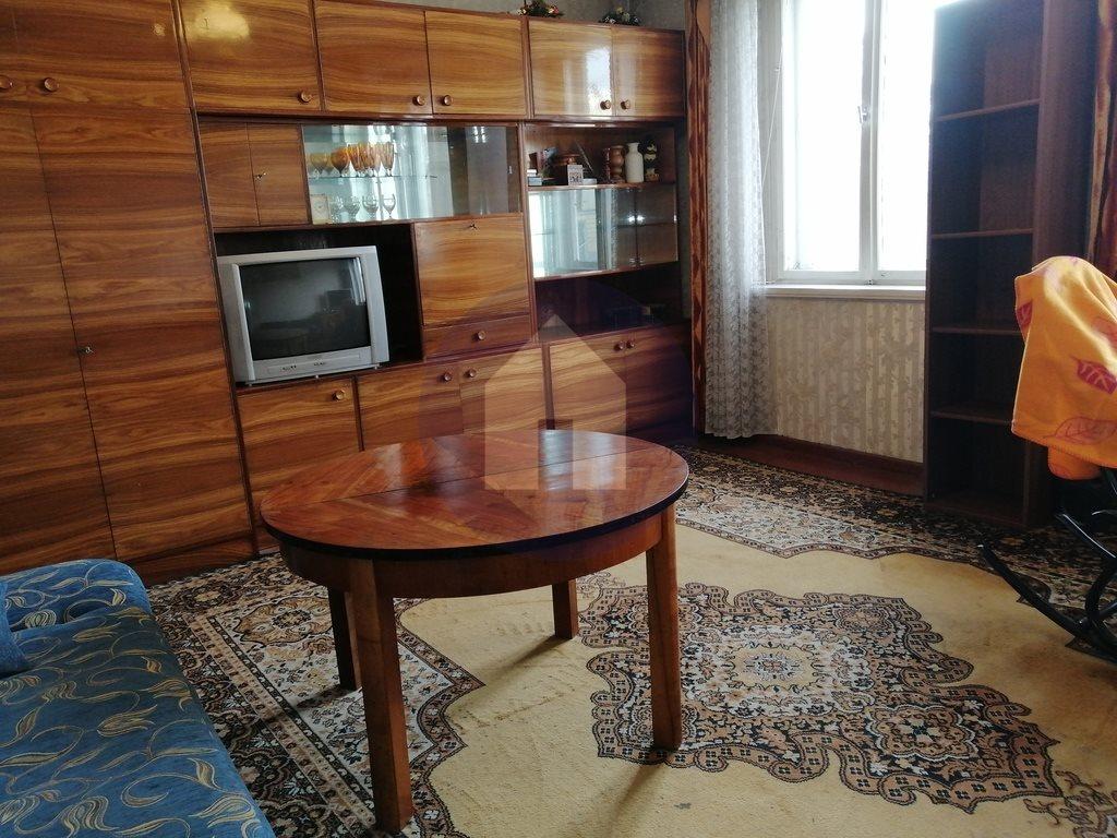Mieszkanie trzypokojowe na sprzedaż Dzierżoniów, Batalionów Chłopskich  60m2 Foto 2