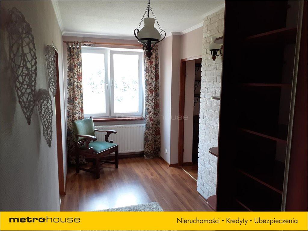 Mieszkanie dwupokojowe na sprzedaż Lesko, Lesko, Moniuszki  54m2 Foto 2