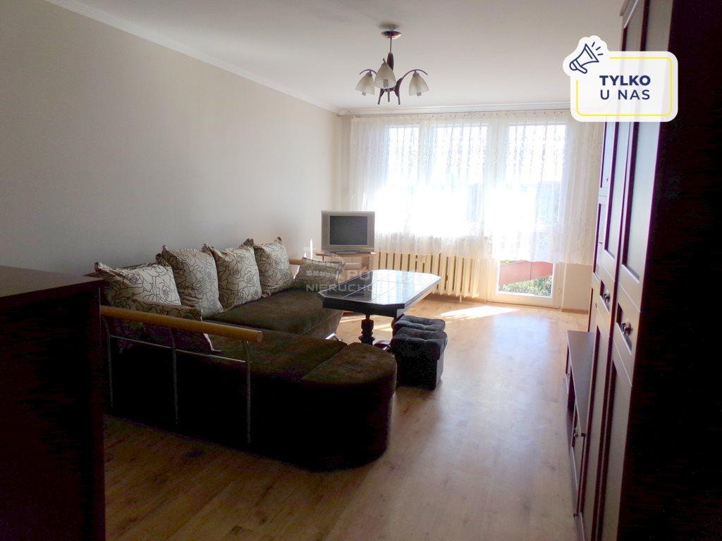 Mieszkanie dwupokojowe na wynajem Częstochowa, Północ  52m2 Foto 1