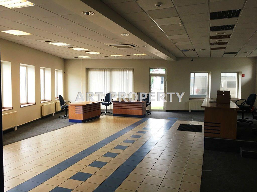 Lokal użytkowy na wynajem Katowice, Podlesie  143m2 Foto 2