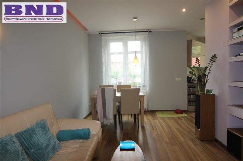 Mieszkanie dwupokojowe na wynajem Gliwice, Centrum  54m2 Foto 1