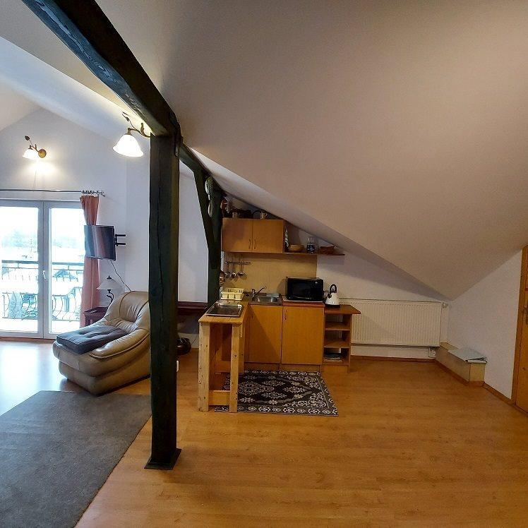 Mieszkanie dwupokojowe na wynajem Bielsko-Biała, Kamienica  60m2 Foto 9
