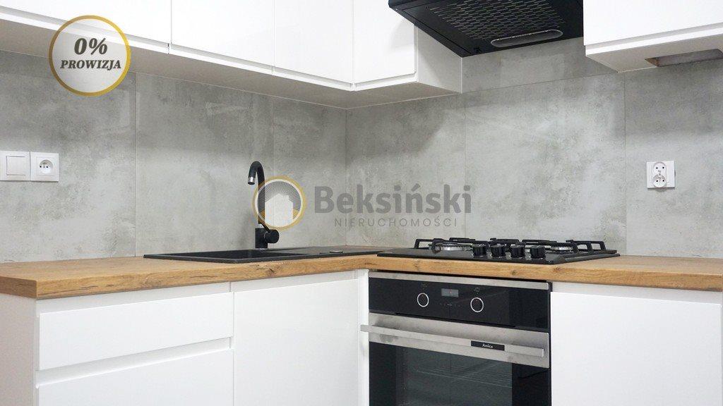 Mieszkanie trzypokojowe na sprzedaż Skarżysko-Kamienna, Sokola  45m2 Foto 2