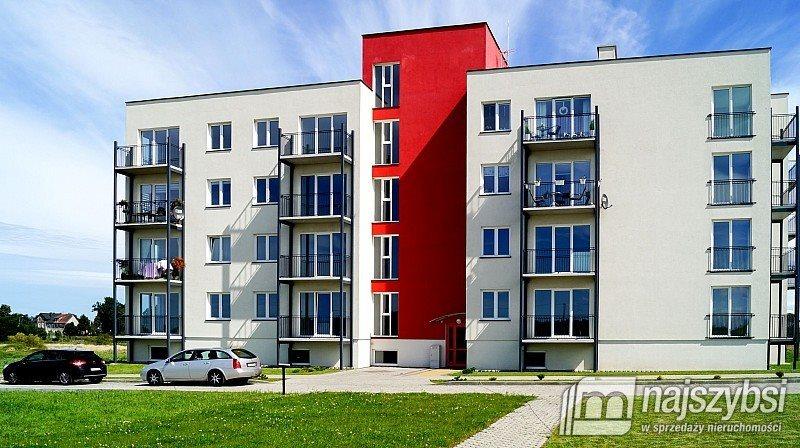 Mieszkanie dwupokojowe na sprzedaż Gościno, Centrum  42m2 Foto 2