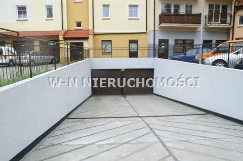 Garaż na sprzedaż Głogów, Stare Miasto  42m2 Foto 1