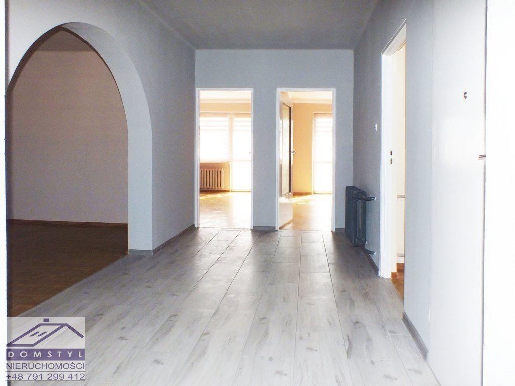 Dom na wynajem Łazy, Niegtowoniczki  103m2 Foto 1