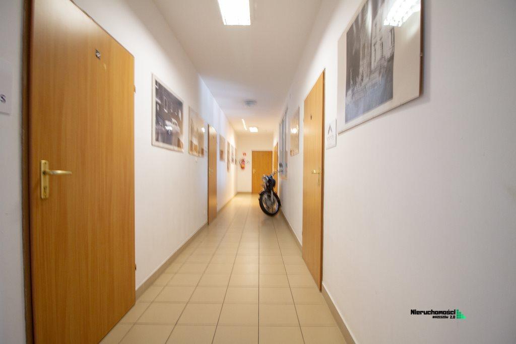 Lokal użytkowy na wynajem Rzeszów, Nowe Miasto, al. Armii Krajowej  32m2 Foto 4