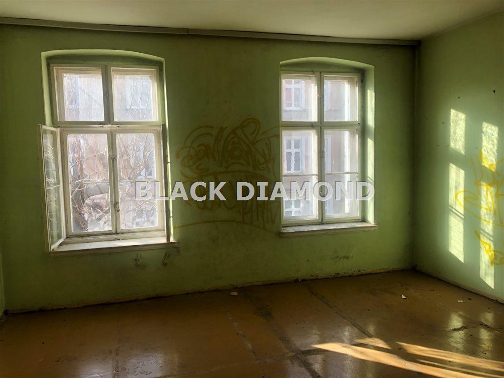 Mieszkanie trzypokojowe na sprzedaż Świdnica  112m2 Foto 1