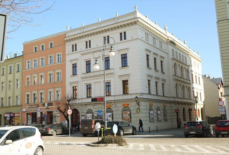 Lokal użytkowy na wynajem Dzierżoniów, Rynek 55  22m2 Foto 2